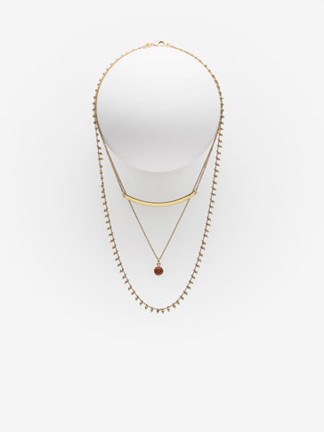 TRIPLE NECKLACE WITH BAR AND STONE