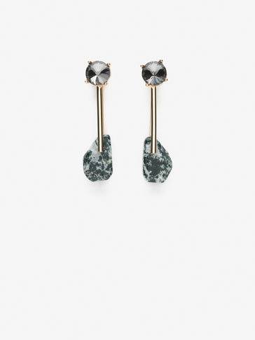 EARRINGS WITH STONE DETAILS