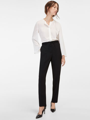 BLACK FLOWING TROUSERS