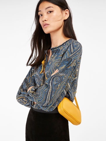 LARGE SILK BLOUSE WITH A PAISLEY PRINT AND VELVET DETAIL
