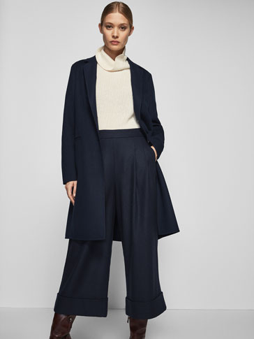 STRUCTURED NAVY COAT