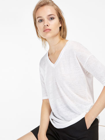T-SHIRT WITH SATEEN NECKLINE