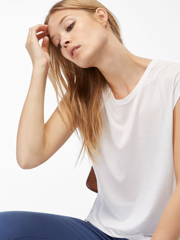 DRAPED BACK T-SHIRT