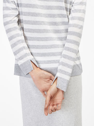 STRIPED SWEATER-STYLE T-SHIRT