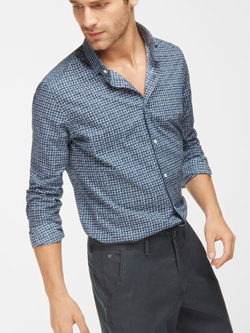 NAVY BLUE PRINTED SLIM-FIT KNITTED LOOP SHIRT
