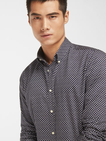 SLIM NAVY DIAMOND PRINT SHIRT