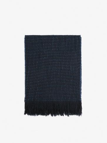BLUE TEXTURED WEAVE WOOL SCARF