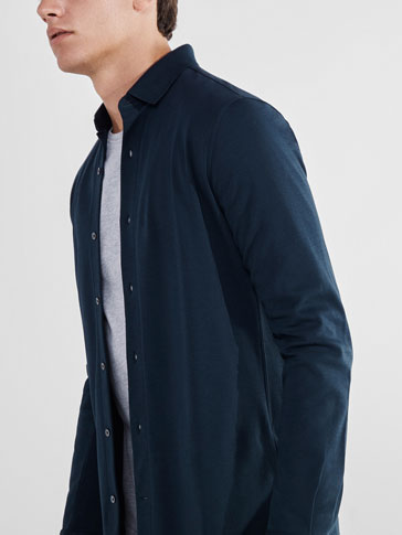 SOFT NAVY BLUE KNIT SHIRT