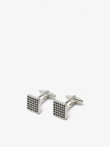 TEXTURED SQUARE DETAIL CUFFLINKS