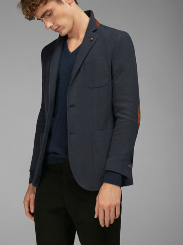 PIQUÉ BLAZER WITH DETAIL