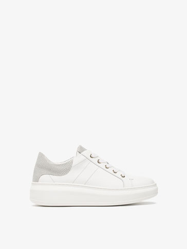 EMBOSSED HEEL LEATHER SNEAKERS