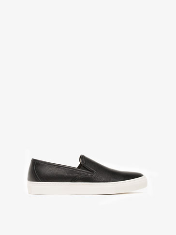 SOFT BLACK LEATHER SNEAKERS WITH ELASTIC