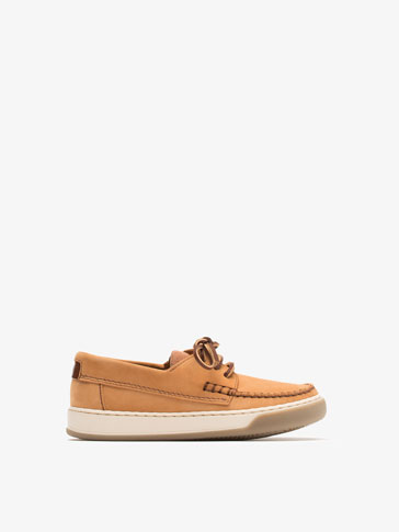 NUBUCK DECK SHOES