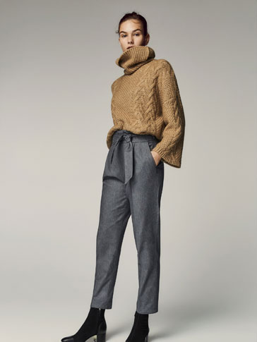 TROUSERS WITH DARTS AND BOW AT THE WAIST