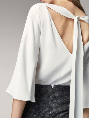 TOP WITH BOW DETAIL