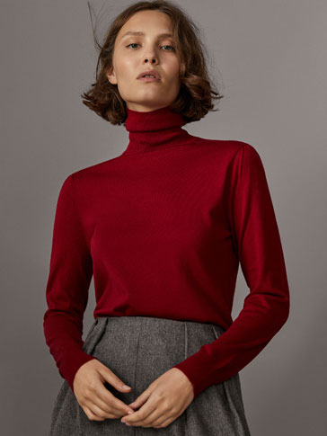 SILK/WOOL SWEATER WITH GATHERED DETAIL