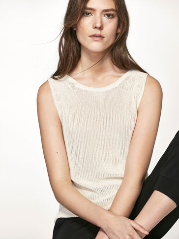 KNIT TOP WITH A LOW BACK DETAIL