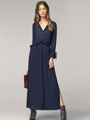 FLOWING NAVY BLUE DRESS
