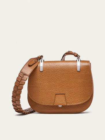 BIG METALLIC DETAIL LEATHER CROSSBODY BAG