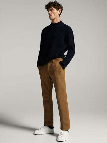 CASUAL FIT FINE GABARDINE TEXTURED WEAVE CHINOS