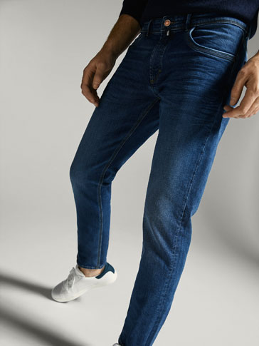 PANTALON TEJANO STONE WASH MEDIO SLIM FIT