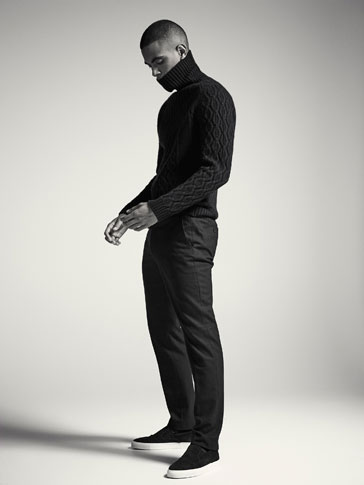 SLIM FIT COTTON/WOOL TROUSERS WITH A TEXTURED WEAVE