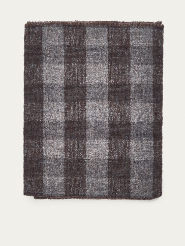 CHECKED BOUCLÉ WOOL SCARF