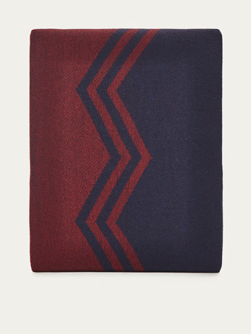 REVERSIBLE COTTON/WOOL SCARF WITH CREST DETAIL