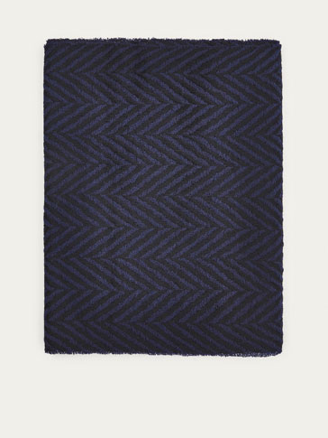 TWO-TONED HERRINGBONE WOOL SCARF