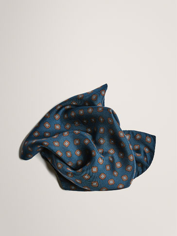 LIMITED EDITION PRINTED SILK POCKET SQUARE