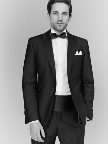 NAVY SLIM FIT TUXEDO JACKET