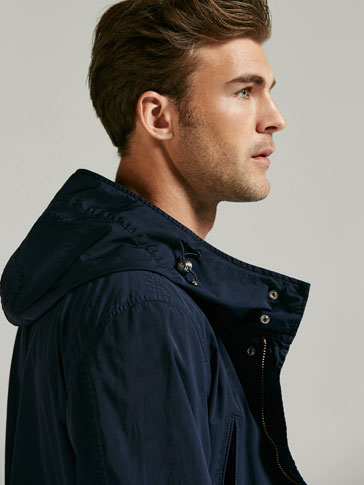 NAVY BLUE TECHNICAL PARKA