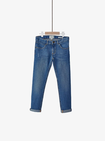 SLIM FIT LIGHT BLUE JEANS
