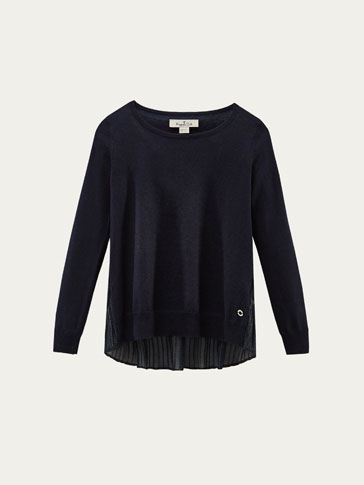 SWEATER WITH PLEATED DETAIL