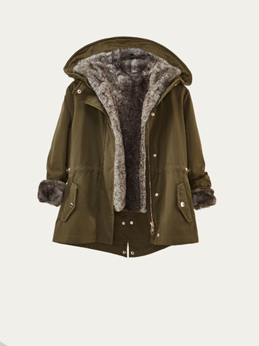 PARKA WITH REMOVABLE CONTRASTING DETAIL