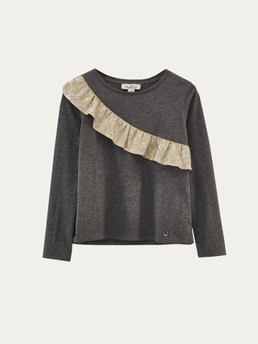 T-SHIRT WITH CONTRASTING GOLD RUFFLE TRIM