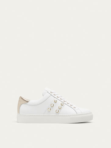 WHITE LEATHER PLIMSOLLS WITH FAUX PEARLS