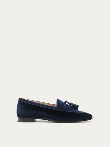 BLUE VELVET LOAFERS WITH TASSELS