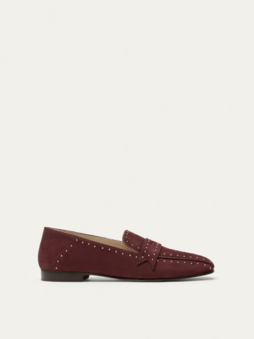 STUDDED BURGUNDY SUEDE LOAFERS