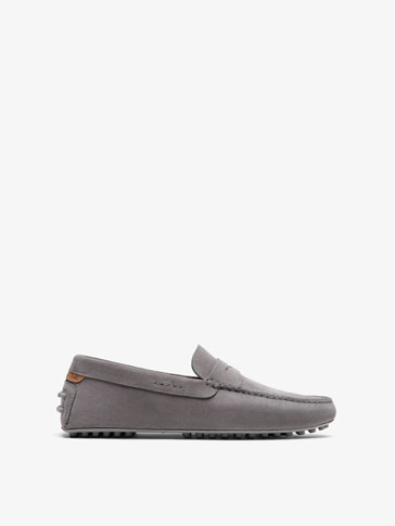 LEATHER LOAFERS WITH GREY SADDLE STRAP