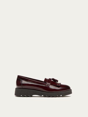 BURGUNDY ANTIK SHOES WITH FRINGING
