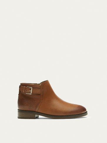 TAN NAPPA LEATHER ANKLE BOOTS WITH BROGUEING DETAIL