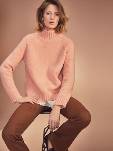 KNIT POLO NECK SWEATER