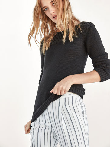 SWEATER WITH RIBBED DETAIL