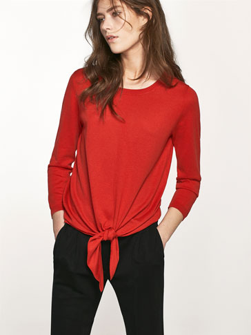 KNIT SWEATER WITH A FRONT BOW DETAIL