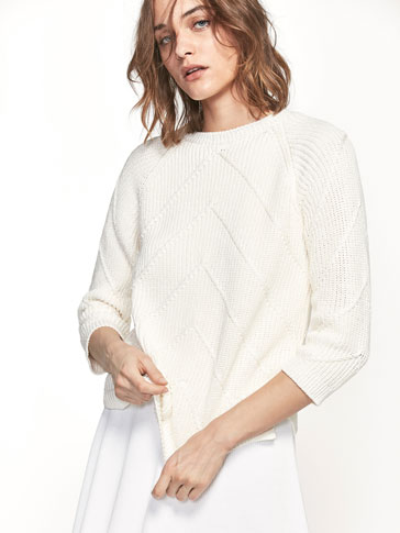 TEXTURED WEAVE KNIT SWEATER