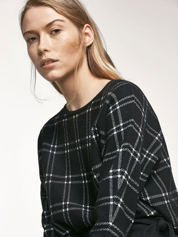 KNIT CHECK CAPE-STYLE SWEATER