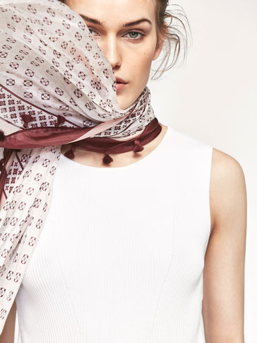 SILK FOULARD WITH A SMALL PRINT