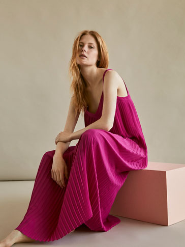 DRESS WITH DOUBLE PLEATED DETAIL