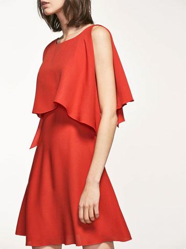 فستان أحمر مزين كاب